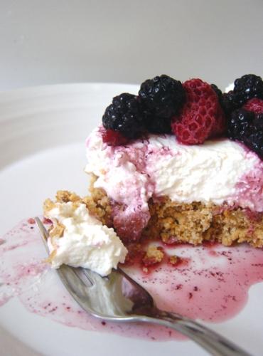 cheesecake,panna,philadelphia,limone,frutti di bosco