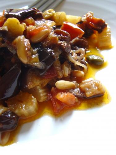 melanzane,sicilia,caponata,tradizione